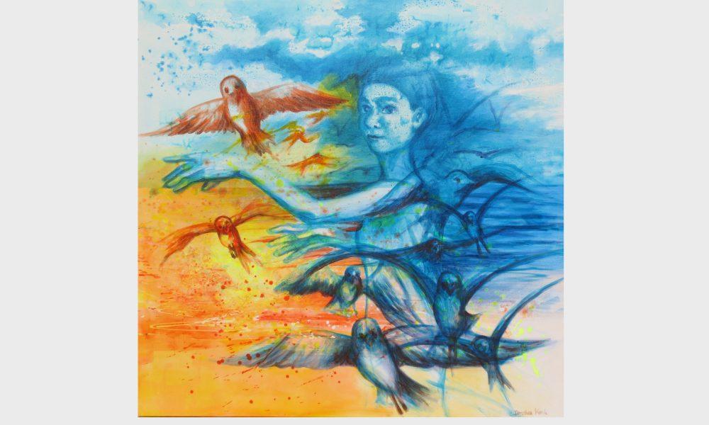 Eine Figur im Sonnenaufgang, gemalt mit roter, orangener und blauer Acrylfarbe. Eine junge Frau lässt Ihrem Gedanken frei fliegen, die Gedanke, Erinnerungen und Träume werden zu Zugvögeln die zum Himmel gleiten.