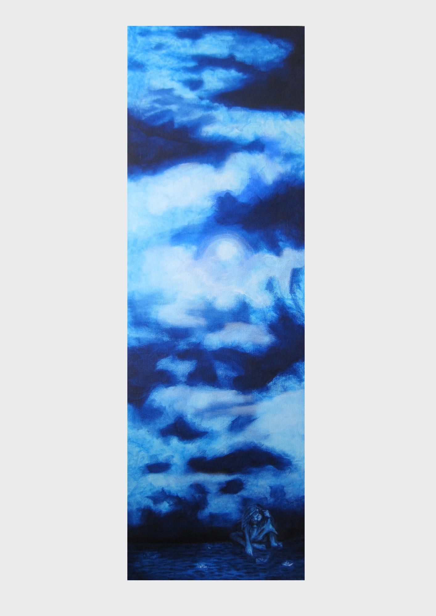 Gemalter Wolkenhimmel in verschiedenen Blautönen: Ein kleines Mädchen hat ein Papierschiff gefaltet und schickt es nun auf die Reise ins Blaue, durch das Meer der Phantasie bis zum Himmelblauen Reich der Geschichten und Träume.