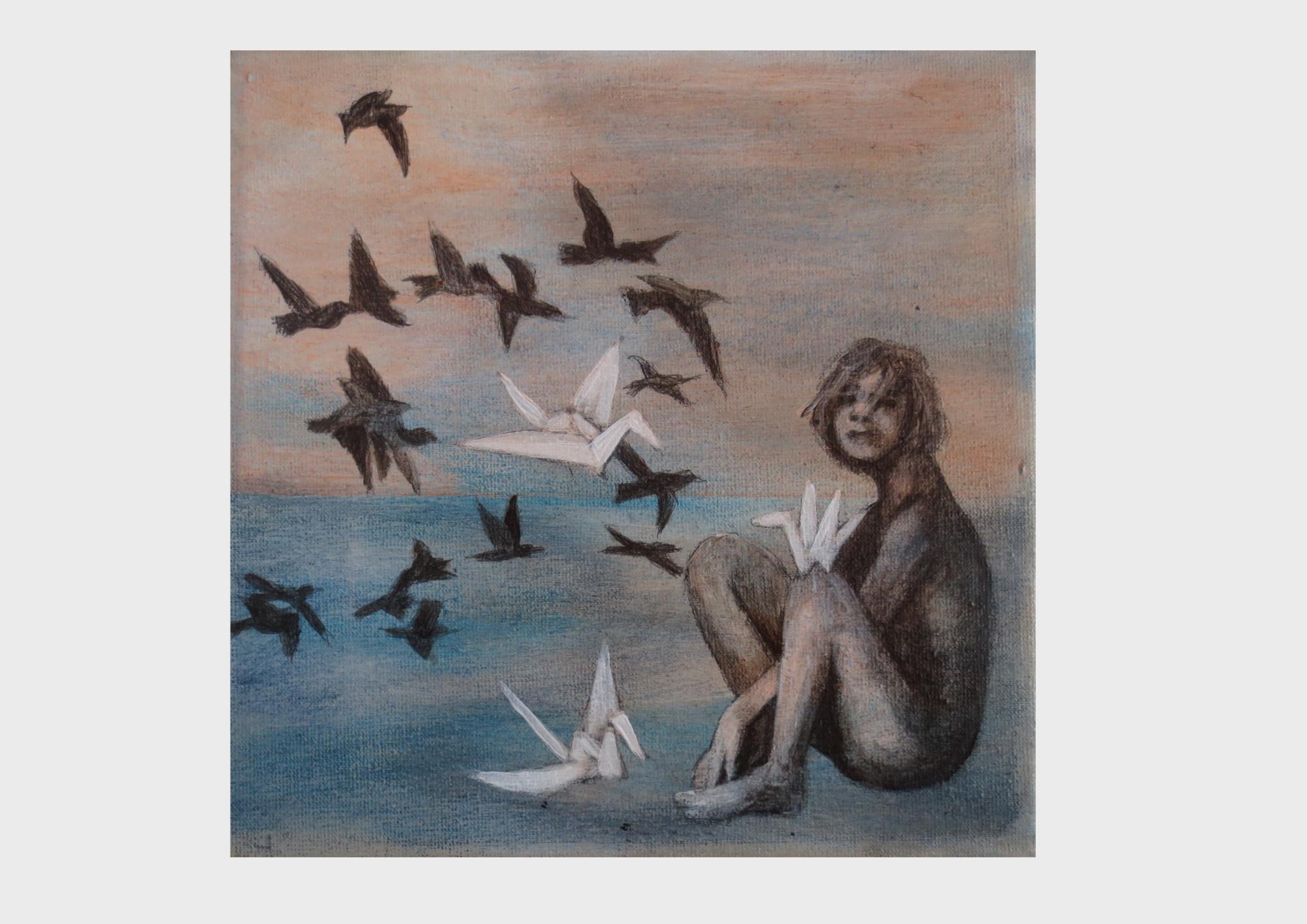 Melancholie oder süße Traurigkeit. Eine frau sitzt am Meer und versinkt in ihren Träumen. Gedanken aus Buchseiten, Wörtern und Geschichten, die sich falten, zu Papier vögeln werden und als Papierkraniche über das Meer treiben und durch den bedeckten Himmel fliegen. In erdfarben und Blau Tönen.
