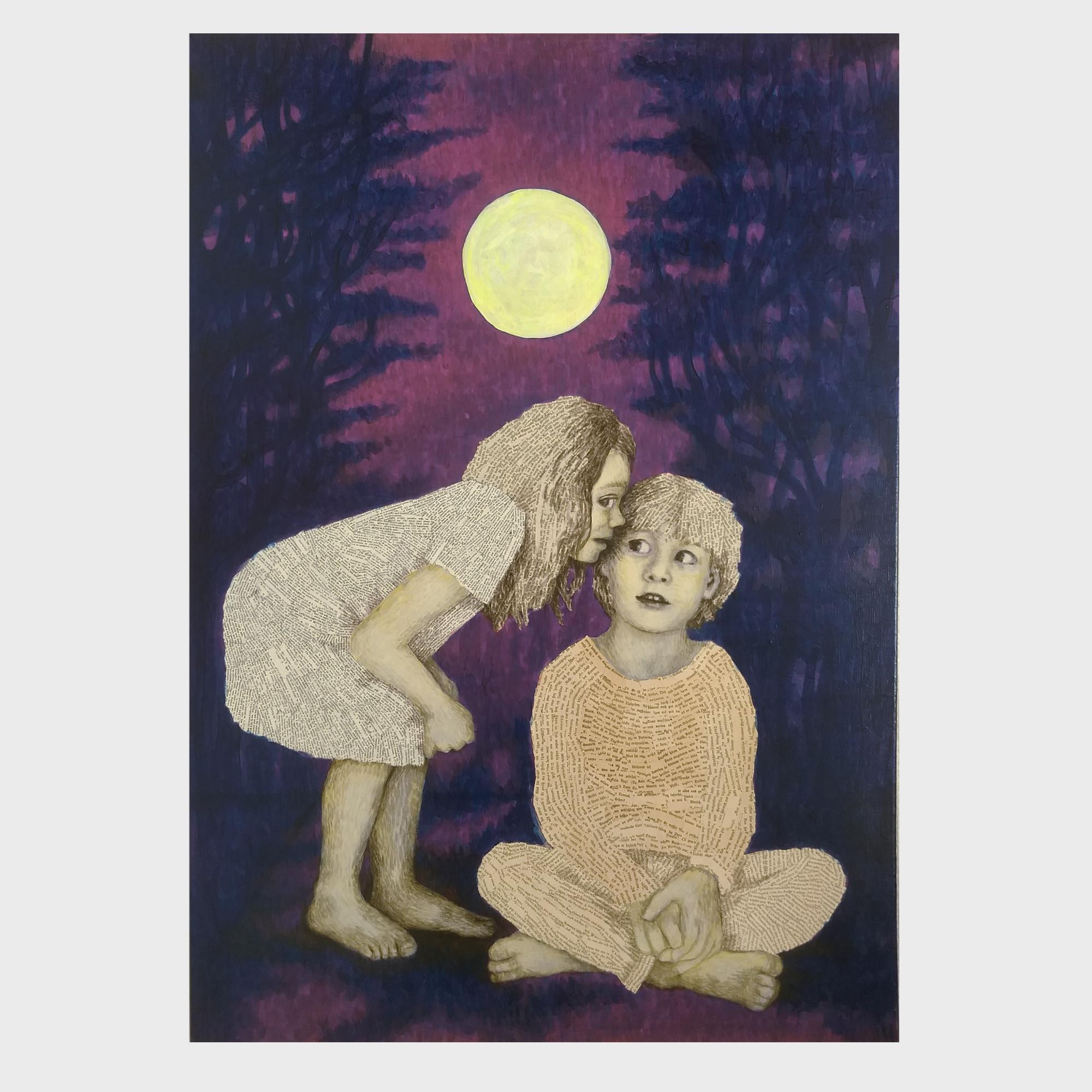 Acrylmalerei, Mondnacht mit Abendlied. Im tiefblauen Wald leuchtet der gelb-weiße Mond und ein Mädchen aus Büchern flüstert ihrem Freund aus Buchseiten eine Geschichte ins Ohr.