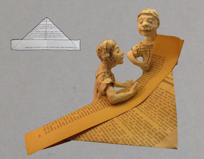 Anleitung zum Falten eines Papierschiffes. Basteln mit Upcycling Materialien: Papier Schiff aus alter Buchseite