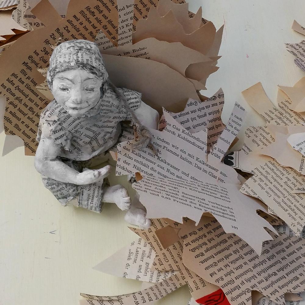 Bastelanleitung: Girlande für den Herbst, book art